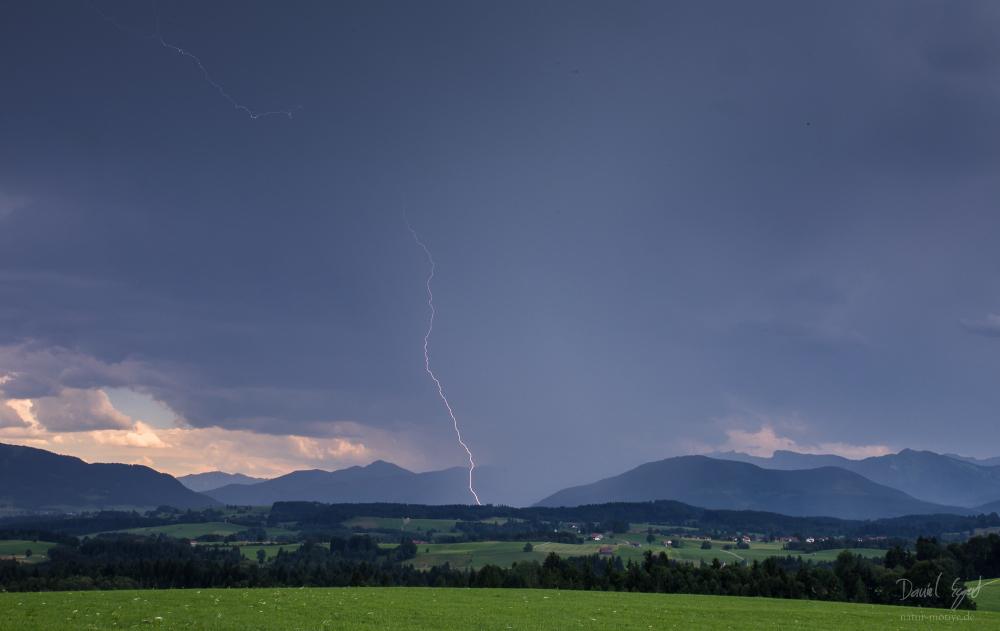 http://www.natur-motive.de/galerie/wetter/content/images/large/0532.jpg
